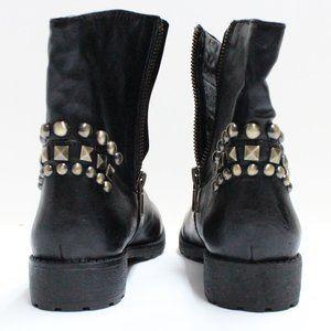 Older Libby Edelman Black Flat Studded Zip Boots